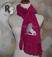 Fleece scarf with GLITTER ICE SKATE Design